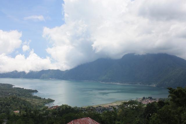 Ni Danau Batur... Cool banget.. xixixixi..